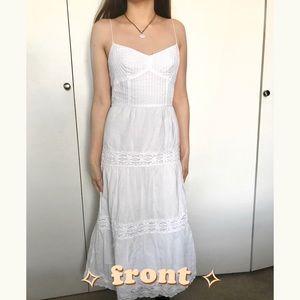 🎀 LOFT brand white lace maxi dress 🎀